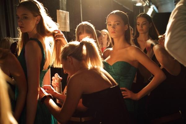 IMG_5325.JPG IMG_5289.JPG Ready to Wear Backstage Rosemount Australian Fashion Week Redken Style Team Photo by Reef Gaha