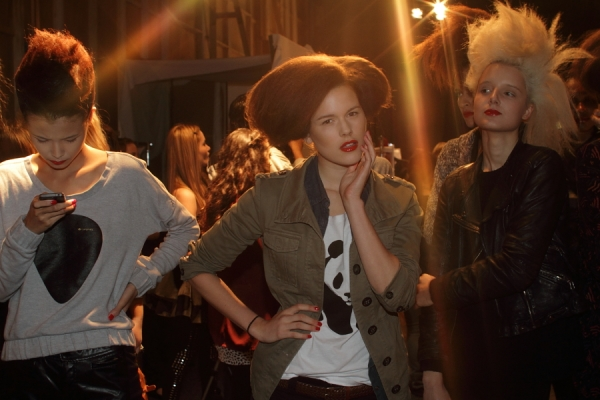 IMG_6737.JPG Backstage Bowie S/S 2011/12 Rosemount Australian Fashion Week Photo by Reef Gaha Hair by MoroccanOil